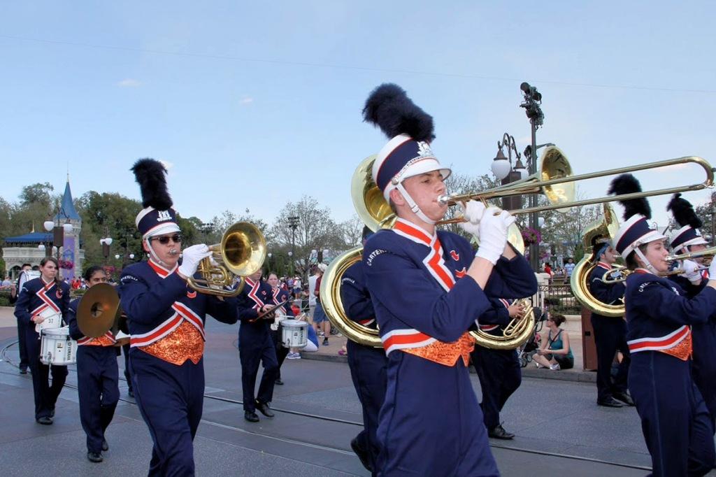 Carterville-Band-Disney